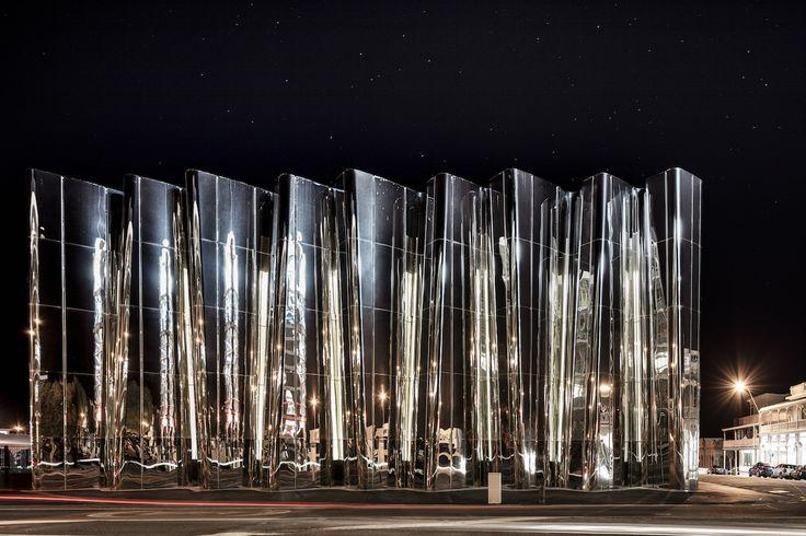 The Len Lye Centre by Patterson Associates. New Plymouth, New Zealand.   Photo by Sam Hartnett.  http://pattersons.com/civic/len-lye-contemporary-art-museum/
