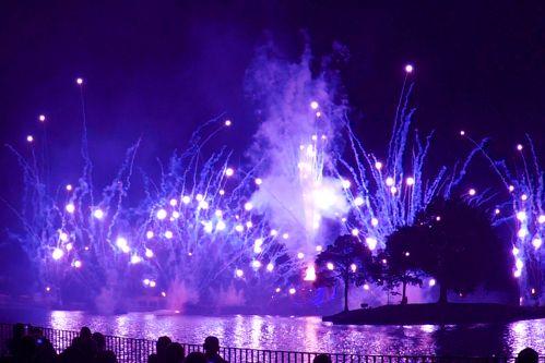 Walt Disney World EPCOT Fireworks Show Illuminations: Reflections of Earth (Video) - Traveling Mom