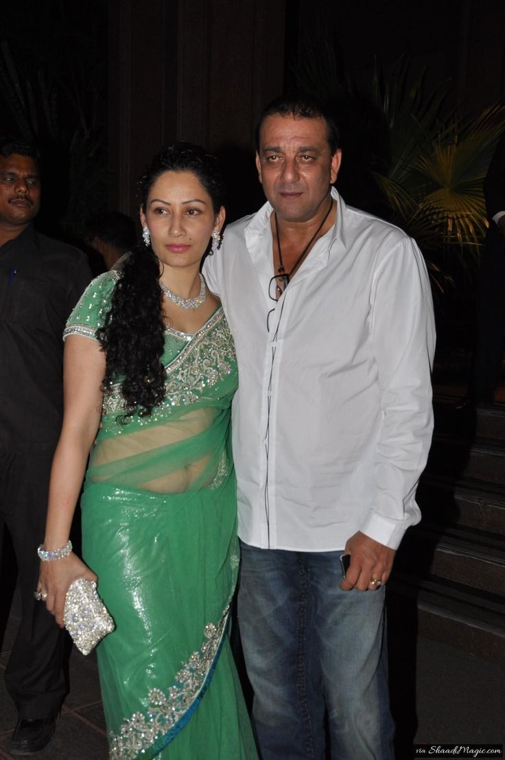 Sanjay Dutt Love For Manyata Dutt Brings Closer Manyata Is 19 Years Younger To Actor Sanjay Dutt Indian Wedding Planner Celebrity Weddings Bollywood Couples