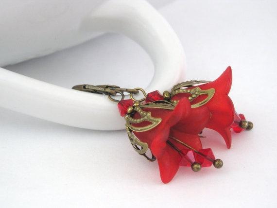 pretty red flower earrings