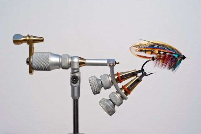 THE COTTARELLI VIsE THE ULTIMATE FLY TYING TOOL FOR SALMON FLY TYER