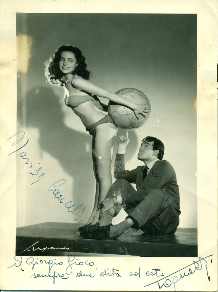 Ugo #Tognazzi in a ironic shoot 1950. Verona #12Apostoli. #Borghesi.it