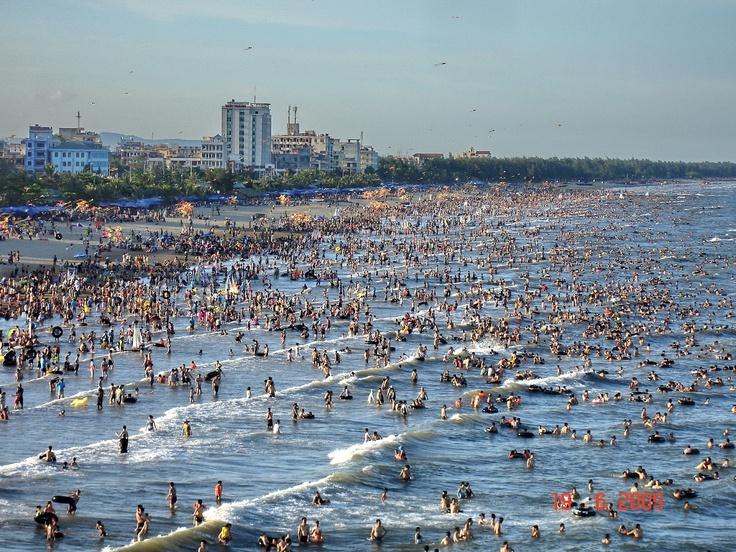 Cua Lo beach, Vietnam