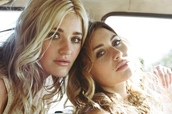 Aly and Aj Are Back! | Lovelyish