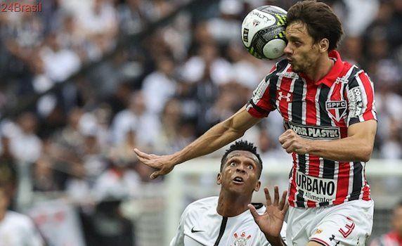 Ainda o debate sobre 'fair play': No duelo pós-polêmica, Jô brilha e Rodrigo Caio tem jogo discreto