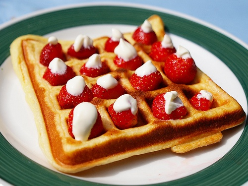 waffle and berries: Favorite Places, Topfoodpictur Com, Tasti Food, Happy Food, I'M, Favorite Liquids, Waffles Time, Berries, The Roller Coasters