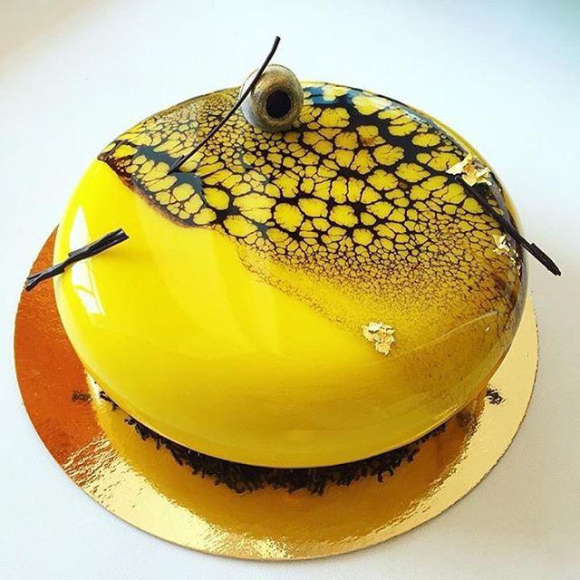 Mirror cake in black and yellow - Miroir jaune et noir