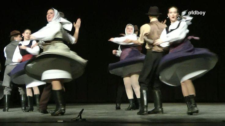 Magyarpalatkai táncok - Rizgetős táncegyüttes