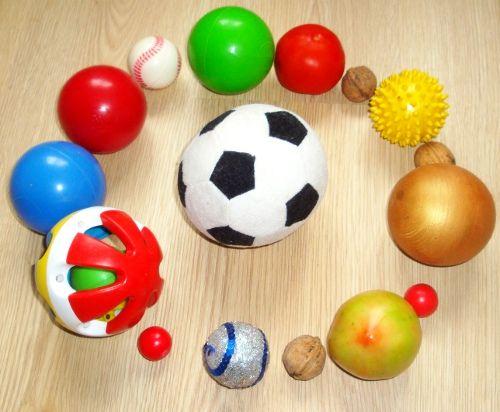 Развивающее занятие 1,5 - 2 года с мячиками