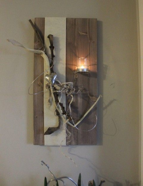 WD27 - Wanddeko aus neuem Holz! Holzbrett gebeizt und natürlich dekoriert mit einem Herz, Filzband und Teelichtglas! Größe 30x60cm - Preis 39,90€