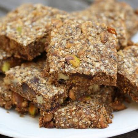 Quinoa-Chia Energy Bars