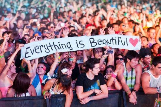 2012 Electric Daisy Carnival Las Vegas. Will be there this year <33