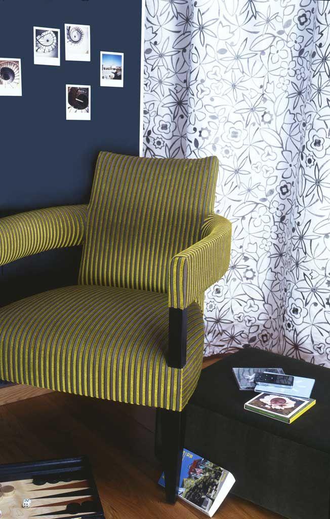 rideau parade 0489 fauteuil stick 0641 des tissus d couvrir dans les showrooms de l. Black Bedroom Furniture Sets. Home Design Ideas