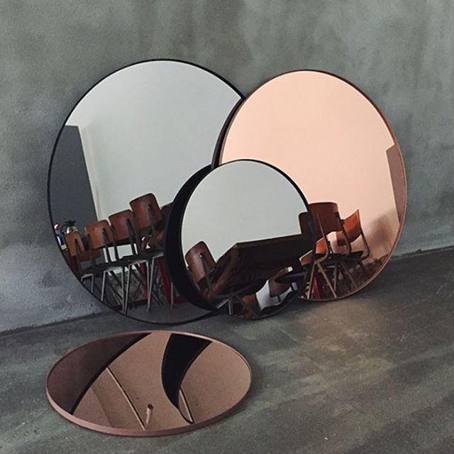 Snygga speglar från AYTM #dukatbord #aytm #spegel #webshop