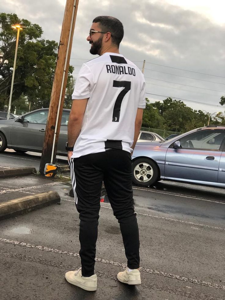 Juventus outfit Outfits, Fashion, Tops