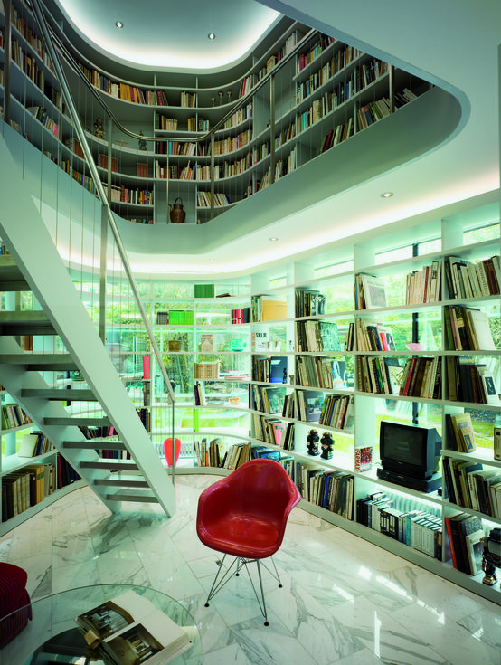 Diese #Villa in #Zuerich haben wir mit dieser außergewöhnlichen #Bibliothek direkt ins Herz geschlossen   #Buch #lesen #leseecke #buecherregal