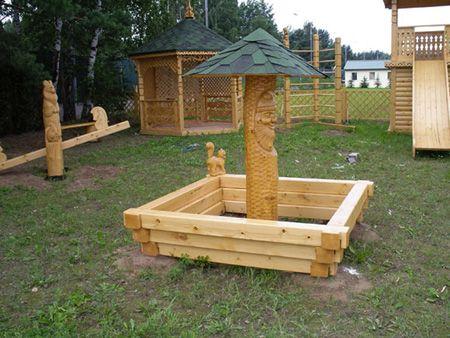 Деревянная песочница для детей