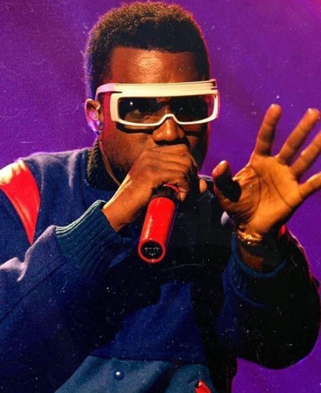 Old Skool Kanye In 2020 Kanye Mens Sunglasses Sunglasses