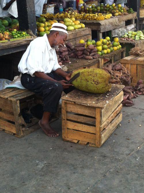 Tanzania - Seller in Tanzania (photo by Dino Caprara)