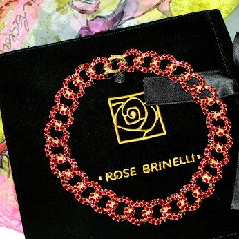 #ожерелье #rosebrinelli #бренд #мода #красиво #бижутерия #красный #блеск #покупка