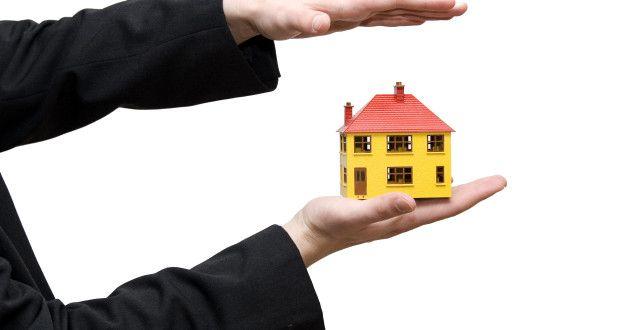 Using Insurance Brokers To Save Money Insuranceinsurance Mortgage Estimator Mortgage Amortization Mortgage Fees