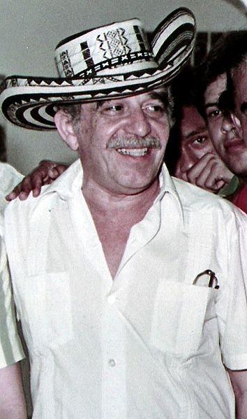 Gabriel Garcia Marquez 1984. luciendo sombrero vueltiao, típico del Caribe colombiano.