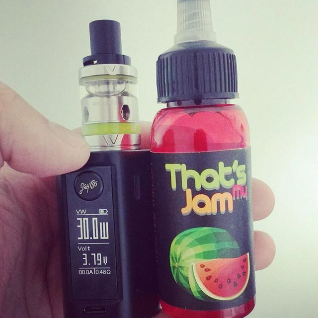 That's my Jam Watermelon and the Wismec Rxmini with the Vaporesso Veco tank  #handcheck ... What are you vaping today? #aussievapers #vapenation