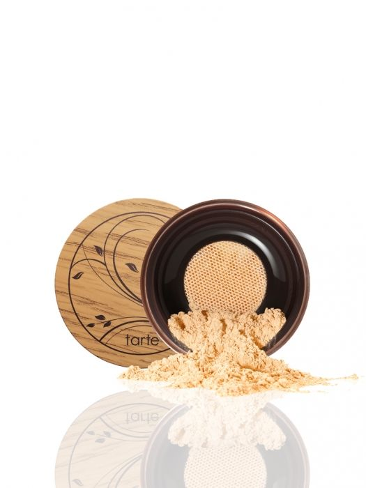A 12-hour full coverage, weightless powder foundation.
