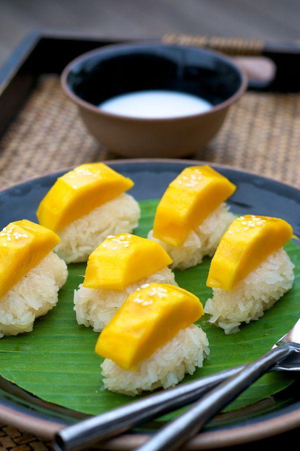 Sweet Mango with Sticky Rice