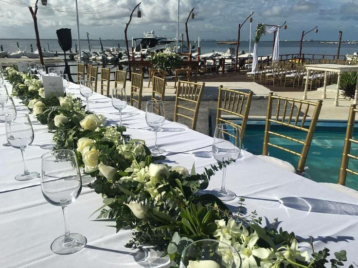 CBC374 wedding riviera maya runner white flowers and orchids for runners centerpiece/ centro de mesa de camino flores blancas y orquideas