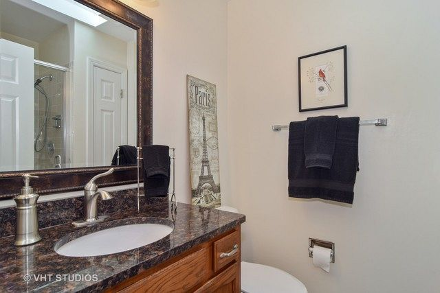 1675 Grosvenor Cir C Wheaton Il 60189 Homes By Marco With