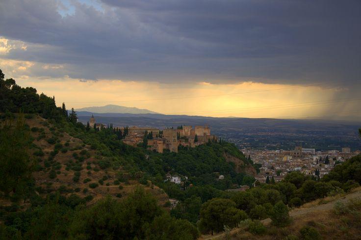 Widok na Alhambrę, Granada, Hiszpania