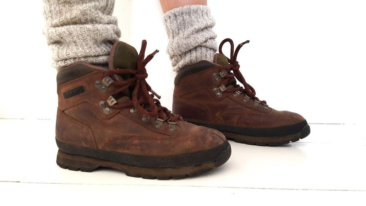 Vintage Timberland Hiking Boots Size 7.5 Brown Leather Euro 95310 Hipster Worn #Timberland #AnkleBoots #Casual
