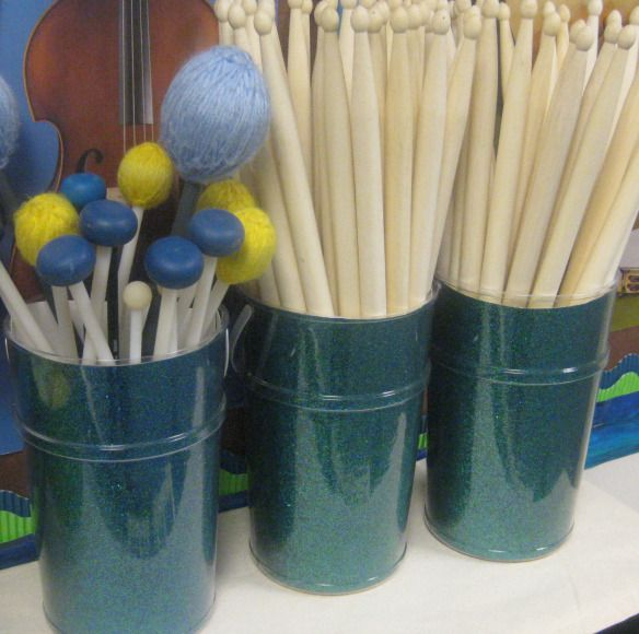 Awesome Pinterest Ideas for MUSIC ROOMS - Rhythm and Glues