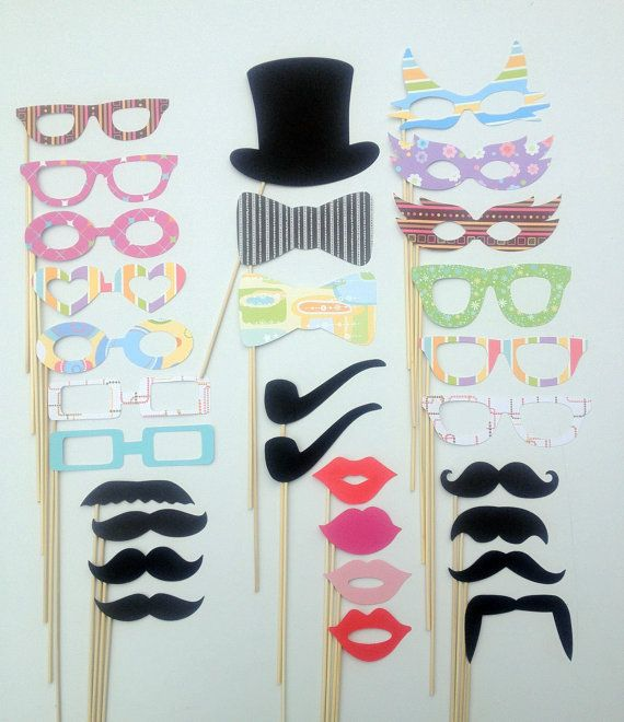 Weddingbooth props. Let your guests have fun with the photobooths!