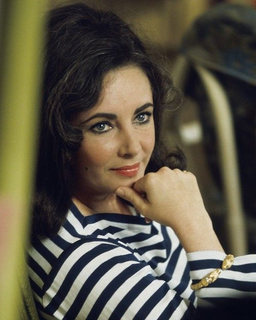 Elizabeth TaylorElizabeth Beautiful, Actresses Elizabeth, Elizabeth Taylors, Famous People, Movie Sets, Dame Elizabeth, Richard Burton, Beautiful People, Liz Taylors