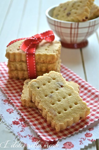 I dolci nella mente: Shortbread con fragole disidratate...e la vittoria...