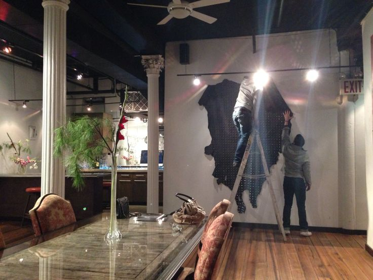 Hang Art #60reade #gallery for art shows and events