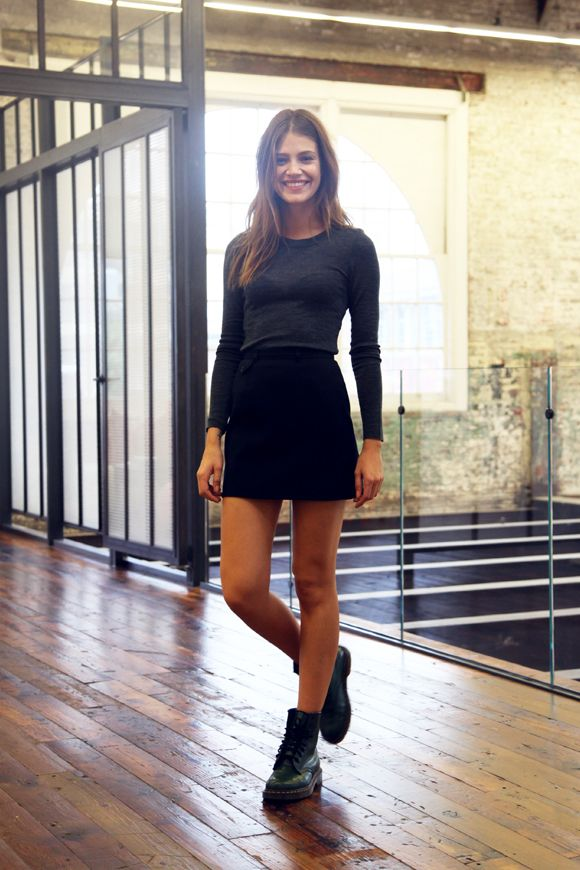Model off duty look from @penny shima glanz shima glanz shima glanz Douglas People Relaxed yet gorgeous!