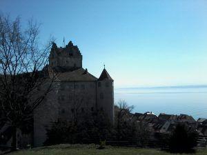 Die Meersburger Burg und der Bodensee