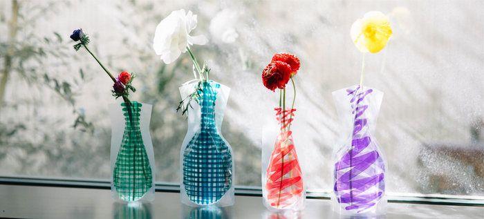 ロングセラーのビニールの花瓶「Flower Base」や、カレンダーなどのステーショナリーなどがD-BROSでは有名ですが、グラスやマグカップなどの食器も個性豊かでユニークなラインナップとなっています。以下では、D-BROSの食器を厳選してご紹介します。