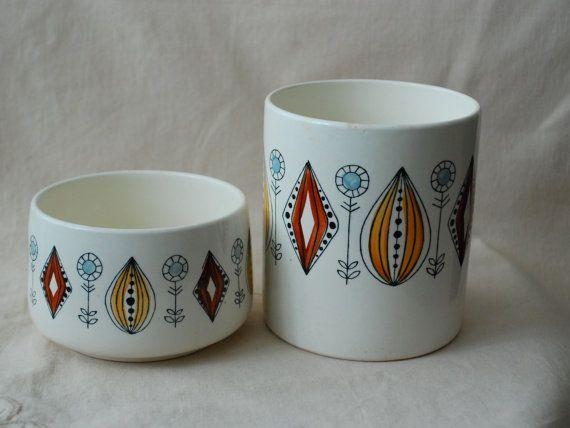 2 Mid-century scandinavian pots  Egersung Flint by ModernEurope