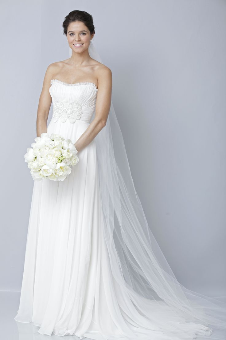 36 best Gowns Under $1,500 images on Pinterest | Wedding frocks ...