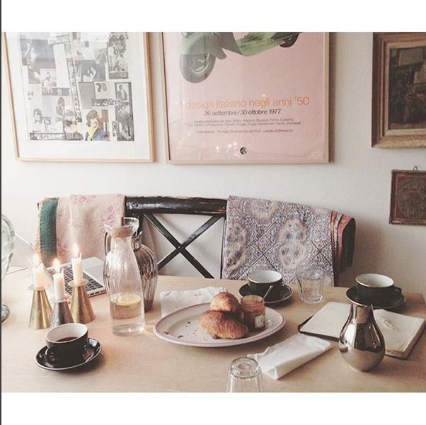 Skall studio breakfast in the studio