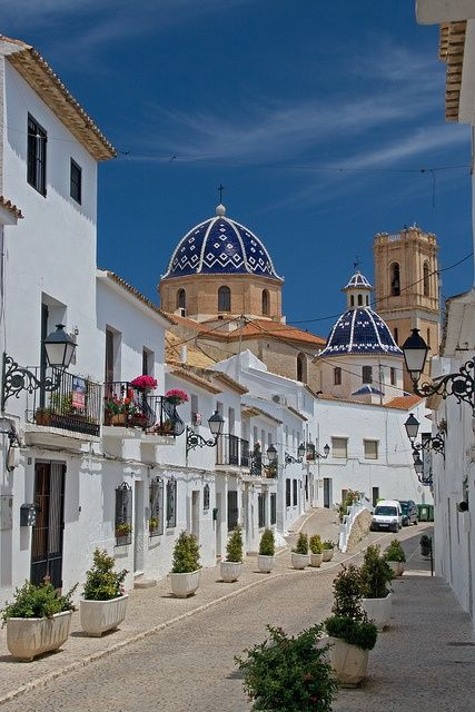The mediterranean town of Altea, famous for its white buildings, near Alicante, Spain ♥ this place !