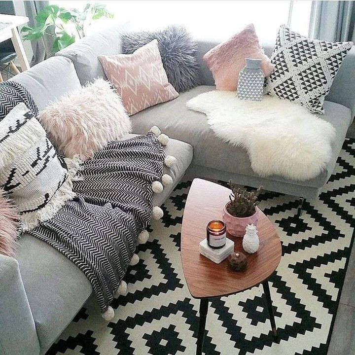 Finding The Time To Keep Our Homes Tidy Can Be Tough But It Is Important This Board Will Show You Grey Sofa Living Room Hygge Living Room Living Room Cushions