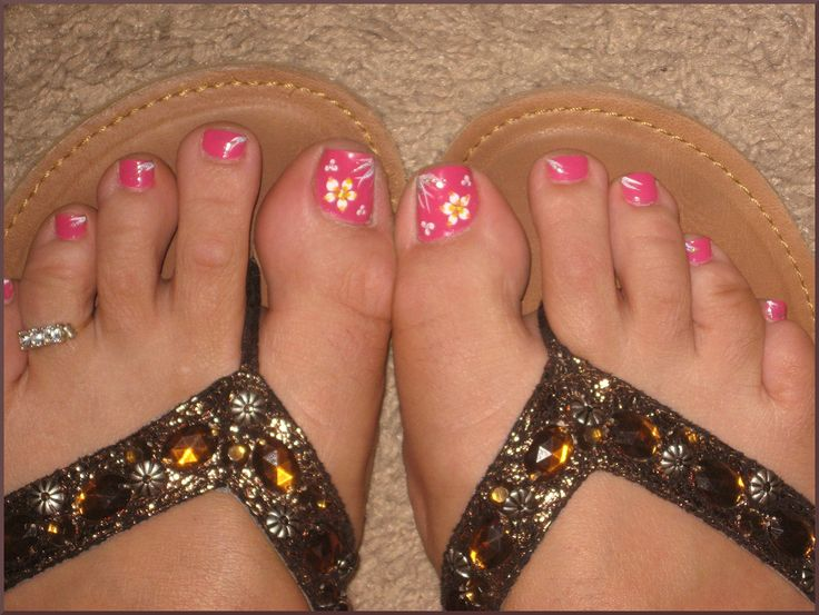 The 25+ best Simple toenail designs ideas on Pinterest ...