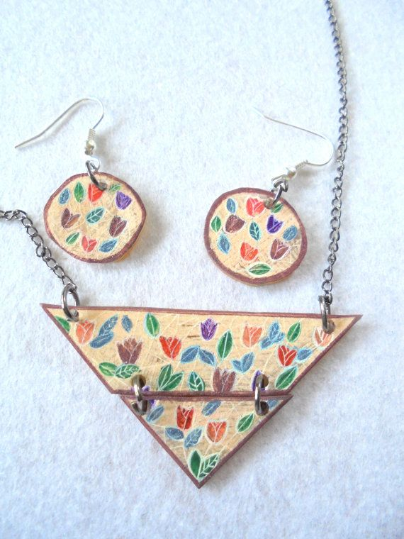 Floral necklace Handmade necklace Flowers by PuepueGuzaque on Etsy