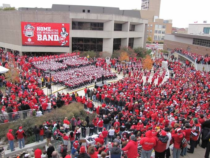USA Today readers rank Madison as the best college football town! We've known it all along, but now the world does too. Go Bucky!