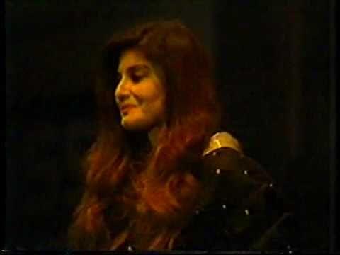 HQ Nazia Hassan - Aap Jaisa Koi (Live) in Dubai